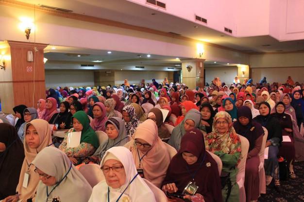 Tokoh muslimah Medan